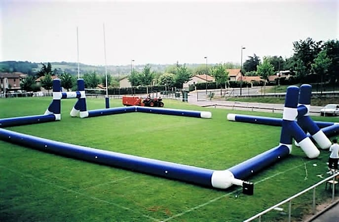 terrain rugby gonflable