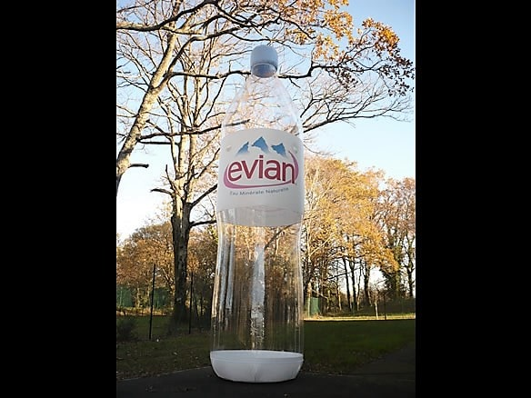 bouteille gonflable evian